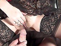 SEXY MILF 9