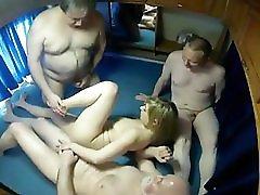 Groupsex in Camper Part 1