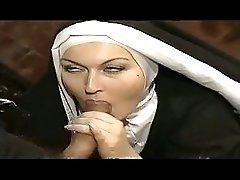 2 Nun Sisters