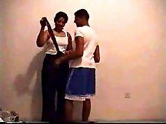 ELLE ET SON AMI DS UNE CHAMBRE sex egypt
