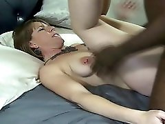 Saggy Sandy takes a bbc