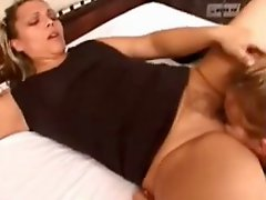 Hot brazilian lesbian ass!!