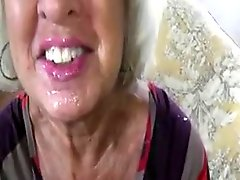 Hot Sexy Older Cougar