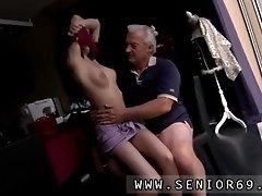Horny Senior Bruce Spots A Uber Cute Damsel Sitting Beh
