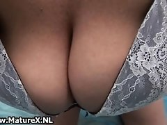Sexy mature lady with big curves loves to give a horny