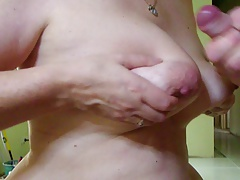 Tit Wank With Cum Shot And She Cums Too With Vibrator
