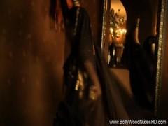 Reveal The True Art Of Bollywood Dancing
