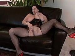 Big Titted Milf Kitty Rubs Her Fat Pussy Lips