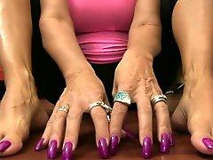 Nail Tapping