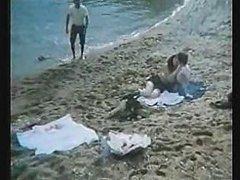 Greek Porn 039 70s 039 80s I Kyria ke o Moytchos 3