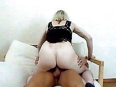 Mature Blond Skank