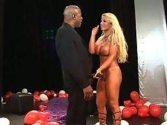 Pamela Butt Fucks a Massive Black Cock