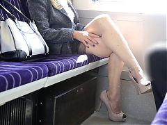 Uk Helen Train Flash