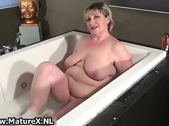 Old Experienced Mom Is Taking A Bath And Sucking Huge O