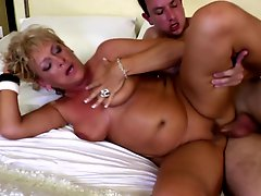 Hungry Mature Mom Gets Young Boy's Cock