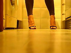 Wonderful Feets And Heels