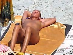 Voyeur Blowjobs on public beach