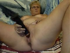 Mature AFF slut with black dildo