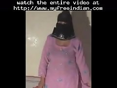 Desi aunty 51 indian desi indian cumshots arab