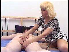 Moden Kvinde & 2 Unge Fyre 3 Russian Porn & Danish Title