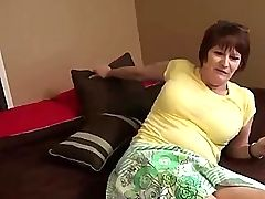 Lisa ann mature brunette that makes you cum round ass